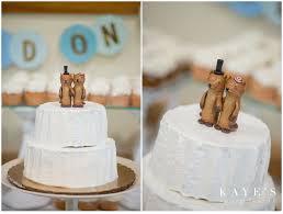 otter cake topper cobblestone farms arbor michigan wedding photographer molly