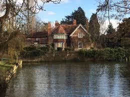 goring george michael george michael s house mill cottage goring on thames oxfordshire