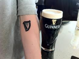 irish harp tattoo maybe ill get something like this on my rib cage