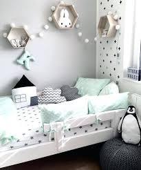décoration chambre fille bébé decoration de chambre bebe daccoration chambre enfant vert menthe