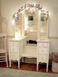 Vanity Mirror With Lights For Bedroom Makeup Vanity Table With Lights Foter