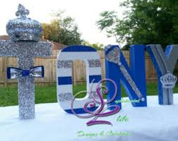 royal prince baby shower ideas prince baby shower crown cookies royal crown prince