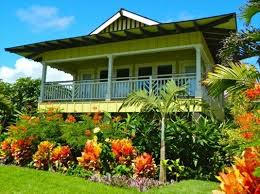 nothing more beautiful than an hawaiian home with all the