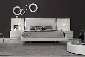 Black Lacquer Bedroom Furniture Luxurious White Lacquer Bed Sj Dolores Contemporary Bedroom