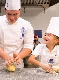 cours cuisine enfant le cordon bleu cours de cuisine pour les enfants de 8 à 12 ans à