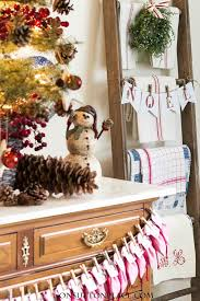 Decorating A Tabletop Christmas Tree by Tabletop Christmas Tree Easy Fast U0026 Festive On Sutton Place