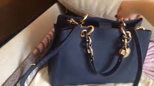Tas Michael Kors michael kors cynthia medium bag in navy