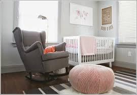 fauteuil maman pour chambre bébé fauteuil a bascule chambre bebe 14 fauteuil à bascule raphaël