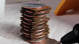 Diy Hack Turn Your Spare Pocket Change Into Diy Batteries With This Penny