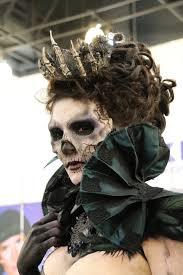 comment faire un maquillage de squelette maquillage de squelette avec couronne de phalanges très