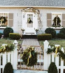 White Christmas Yard Decorations by 300 Best Christmas Decor For Outdoors Best Ever Images On
