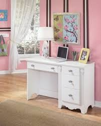 Baby Desk Kids Desks Baby And Kids Furniture The Classy Home