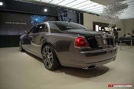 roll royce 2017 geneva 2017 rolls royce ghost with diamond paint finish gtspirit