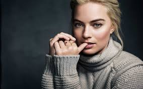 margot robbie nude top 30 margot robbie sexy photos pictures and wallpaper download