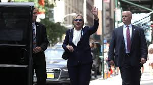 hillary clinton to return to campaign trail after bout with