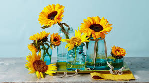 sunflower centerpieces these sunflower centerpieces will brighten up your breakfast table