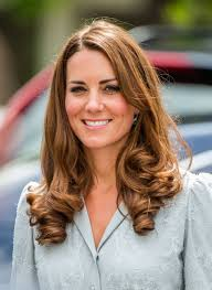 hair styles for 45 year old outstanding hairstyles to make you look younger 45 year old woman