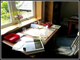 neesie natters what u0027s on your work desk wednesday woyww 265