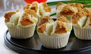 cara membuat bolu kukus empuk dan enak resep dan cara membuat bolu kukus mekar merekah yang enak dan empuk