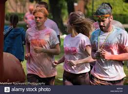 hull uk 25th september 2016 dove house colour run credit