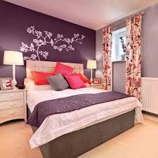 couleur tendance pour chambre couleur pour chambre à coucher une ma relaxante aubergine idee shui