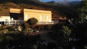 Schlafzimmerm El Rauch Villa La Hiedra Spanien Frontera Booking Com