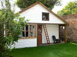 Build Small House by Tiny House Uk