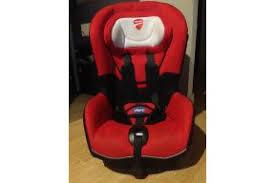 location siège bébé siège auto ducati de la marque chicco à louer à 19ème zilok