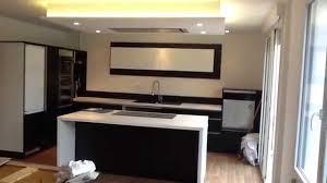 faux plafond cuisine design cuisine et plafond