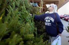 jeffrey alans customers donate trees to troops families