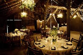 barn wedding decoration ideas decorating a barn for a wedding reception 8062