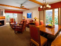 Lake Terrace Dining Room Hotel In Avon Lakeside Terrace Villas Avon Vail Valley