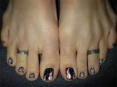 spiderweb toe nails awesome halloween toe nail art designs for