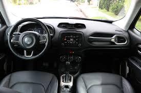 jeep renegade 2018 interior ao volante jeep renegade limited é mais luxuoso e um pouco menos