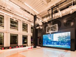 what does 100 square feet look like photos of nike store in soho business insider