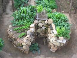 Rock Vegetable Garden Keyhole Garden Insteading