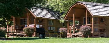 Cottages In Niagara Falls by New York Cabin Rentals Places To Stay In New York New York Travel