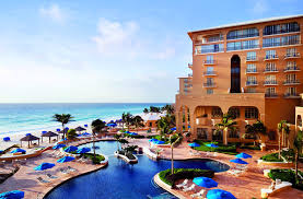 the 7 best places to stay in cancun
