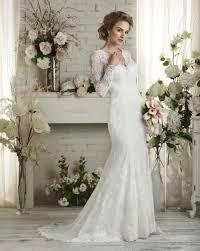 long sleeve v neck court train lace trumpet mermaid wedding dress