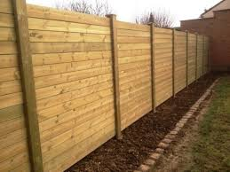 cloture jardin bois pose cloture bois barriere jardin bois chromeleon