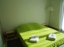 chambre de 12m2 chambre 12m2 dans villa climatisé accès chez bruno pia 181095