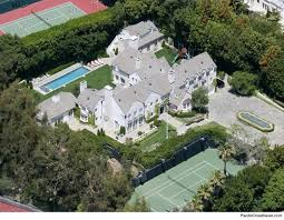 tom cruise mansion hollywood star tom cruise sells mansion for 40 million real