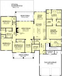 european style house plan 4 beds 2 baths 2480 sq ft plan 430