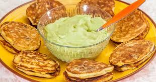 recette de cuisine russe blinis au maïs mousse d avocat pour un apéritif recette par