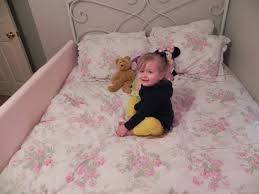 Transitioning Toddler From Crib To Bed by Crib To Big Kid Bed All About Crib