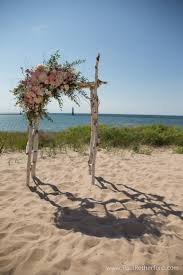 wedding planners in michigan harbor lights resort on lake michigan wedding arch frankfort