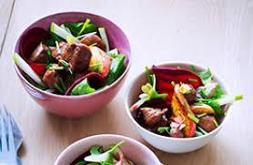 cuisiner le foie de veau salade tiède au foie de veau laqué au miel recettes de cuisine