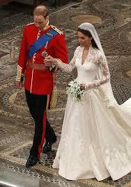 kate middleton wedding dress ups of kate middleton s mcqueen wedding dress by