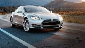 model d el nuevo coche de tesla es más potente e inteligente