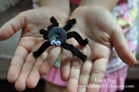 halloween crafts for kids button spiders